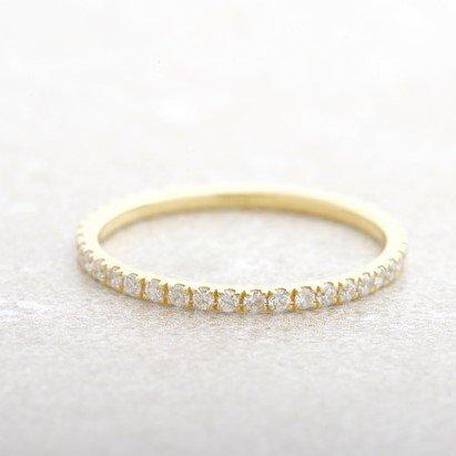 טבעת זהב יהלומים דקה