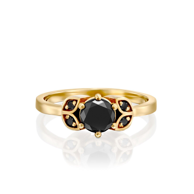 טבעת זהב עם יהלומים שחורים