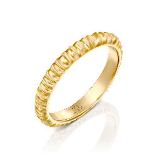 טבעת זהב מעוצבת