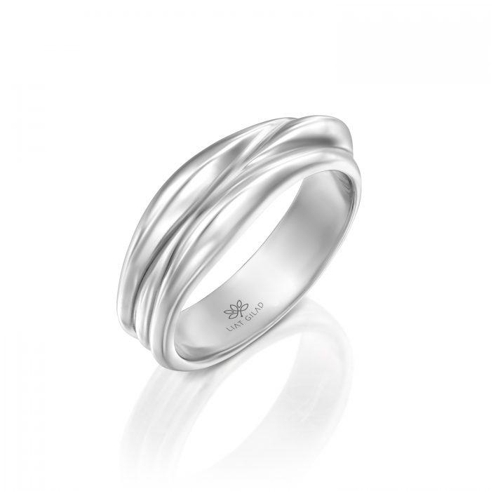 טבעת נישואין מרשימה
