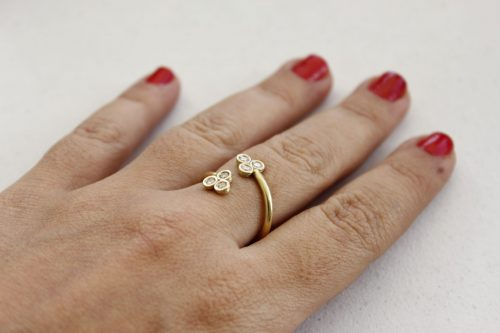 טבעת זהב ויהלומים מעוצבת