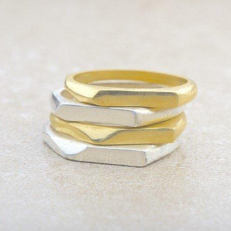 טבעת זהב דקה לחריטה