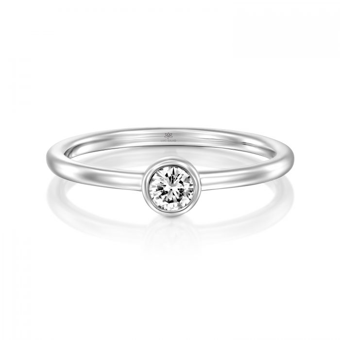 טבעת זהב עם יהלום