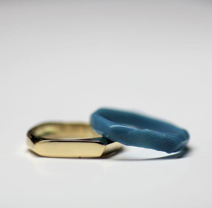 טבעת חותם עם טביעת אצבע